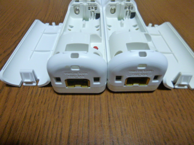 R047【送料無料】Wii リモコン 2個セット ホワイト (動作良好 クリーニング済)白  NINTENDO 任天堂 純正
