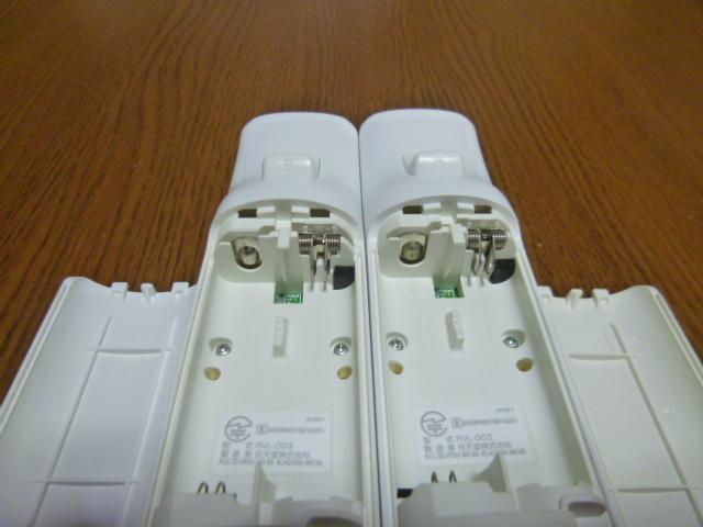 R013【送料無料】Wii リモコン 2個セット ホワイト (動作良好 クリーニング済)白  NINTENDO 任天堂 純正