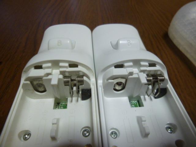 RSJ066【送料無料 即日配送 動作確認済】Wii リモコン 2個セット ホワイト 白 ストラップ ジャケット セット リモコンカバー