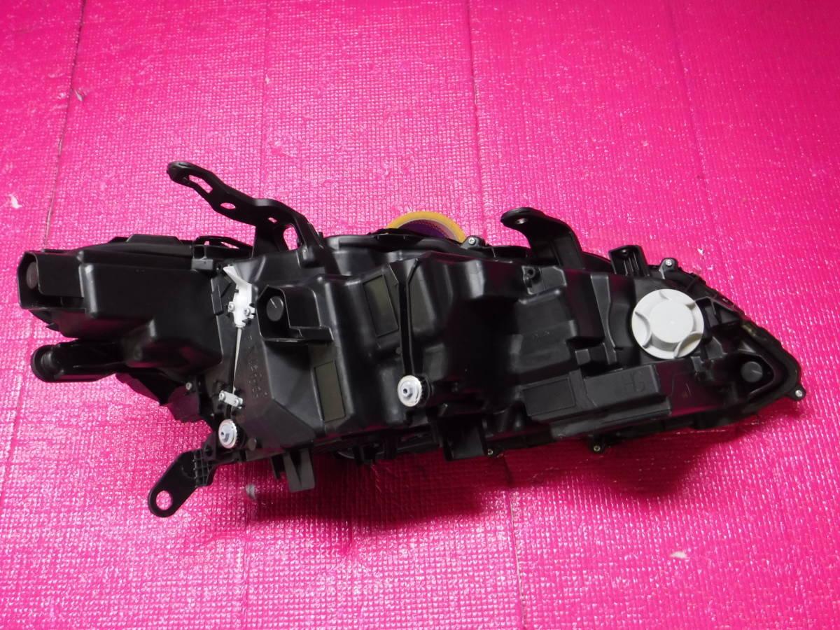 クラウン ハイブリッド AZSH20 LED ヘッドランプ ユニット 左 KOITO 30-452_画像6