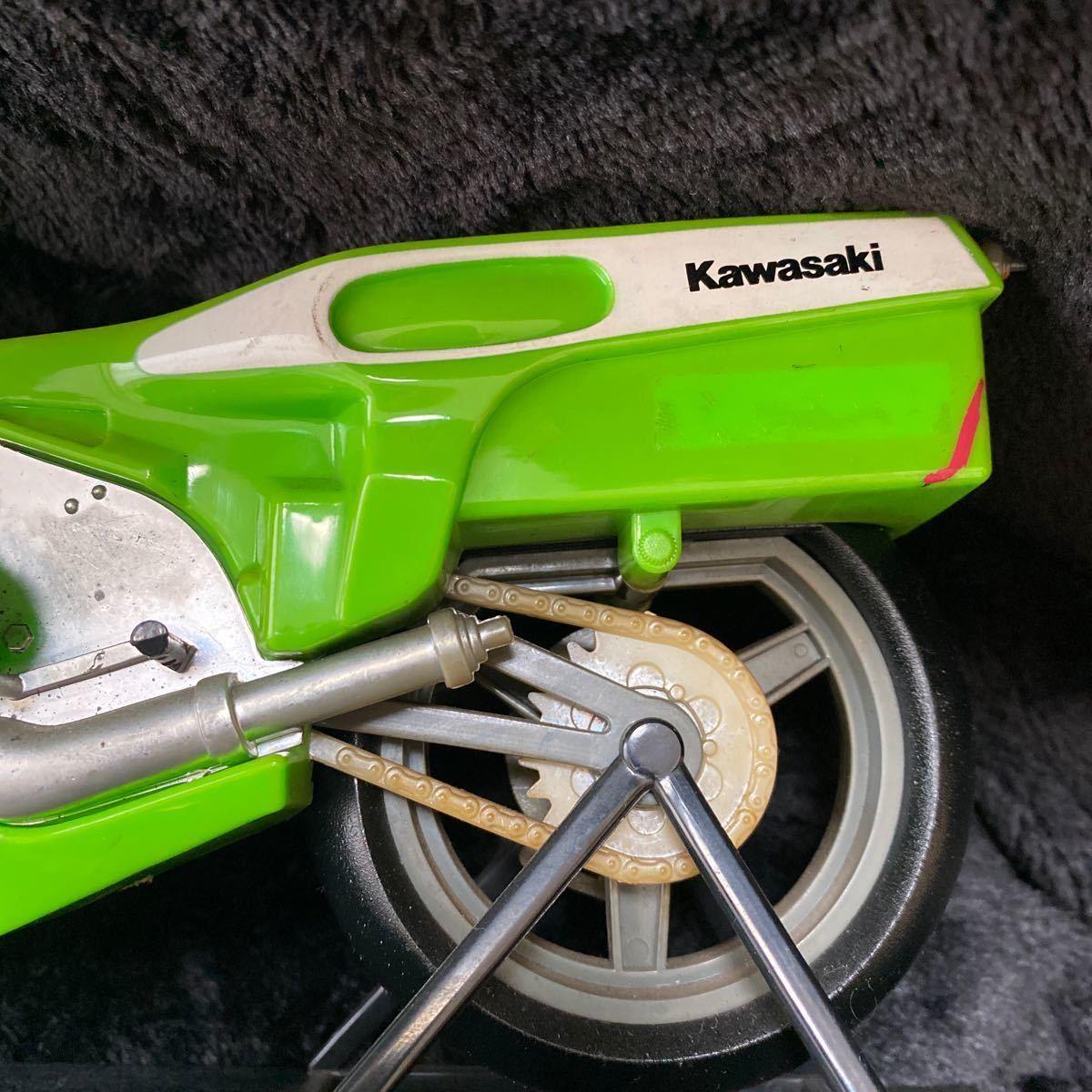 【現状渡し】Kawasaki YE-500 バイク型固定電話 ユピテル工業株式会社 レトロ コレクション品 カワサキ バイク アンティーク 電話機電話器_画像6