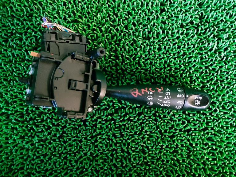 ☆ トヨタ bB QNC20 QNC21 コンビネーションスイッチ ワイパースイッチ _画像1