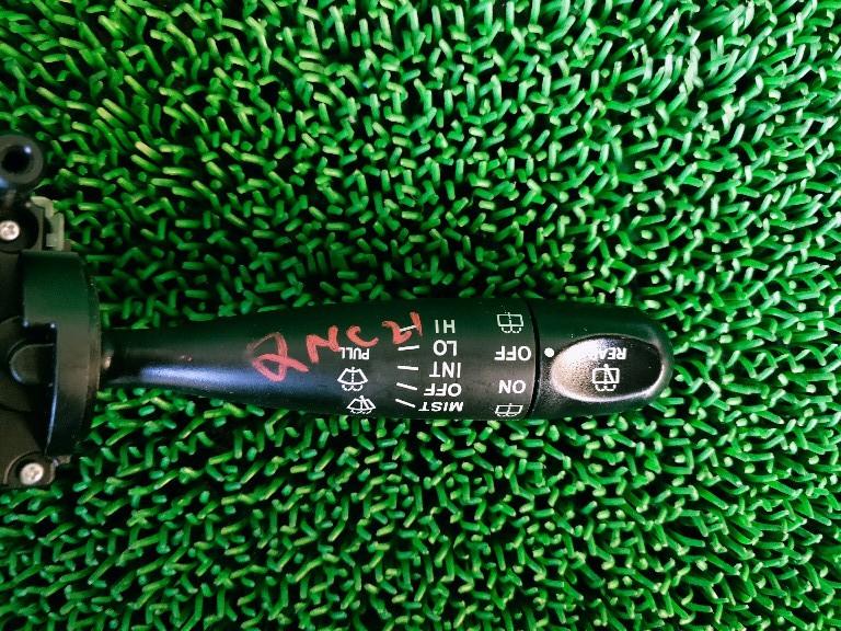 ☆ トヨタ bB QNC20 QNC21 コンビネーションスイッチ ワイパースイッチ _画像2