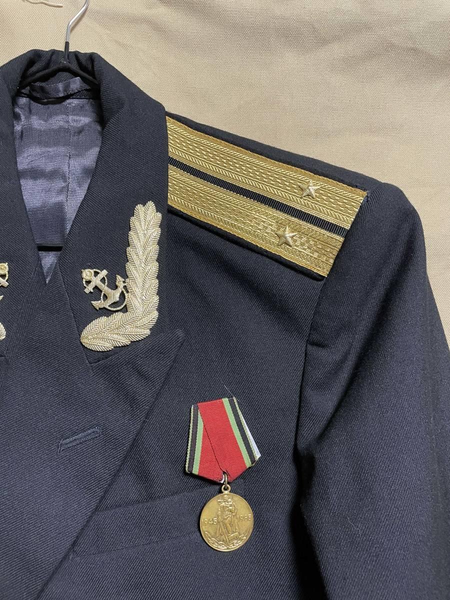 ソビエト連邦 ソビエトロシア海軍 海軍少尉 ジャケット 実物 放出品 USSR CCCP ソ連 海軍 中古品 徽章 セット_画像2