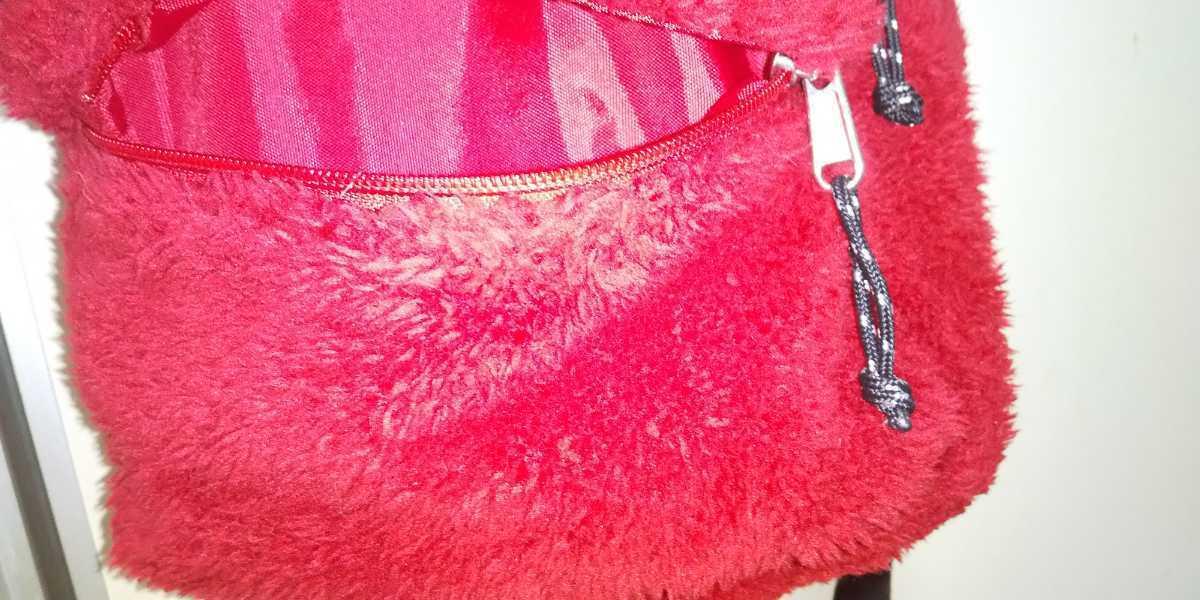 UNIQLO ミニ ボア リュック 赤 red 赤坦 ユニクロ モコモコ キッズ GU ジーユー ファストファッション 冬物 ミニリュック キッズサイズ_画像4