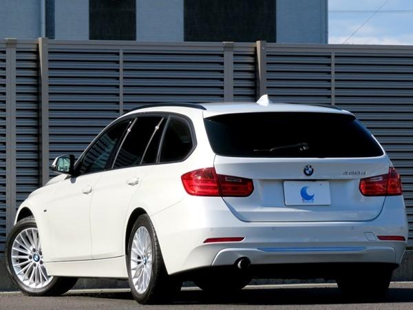 BMW 320dブルーパフォーマンス ツーリング ラグジュアリー 内外美車/不具合&修復無し/車検R4年3月【黒革/HDDナビ/BT/USB/ETC/Bカメラ/HID】_特に目立つ傷など無く綺麗な状態です