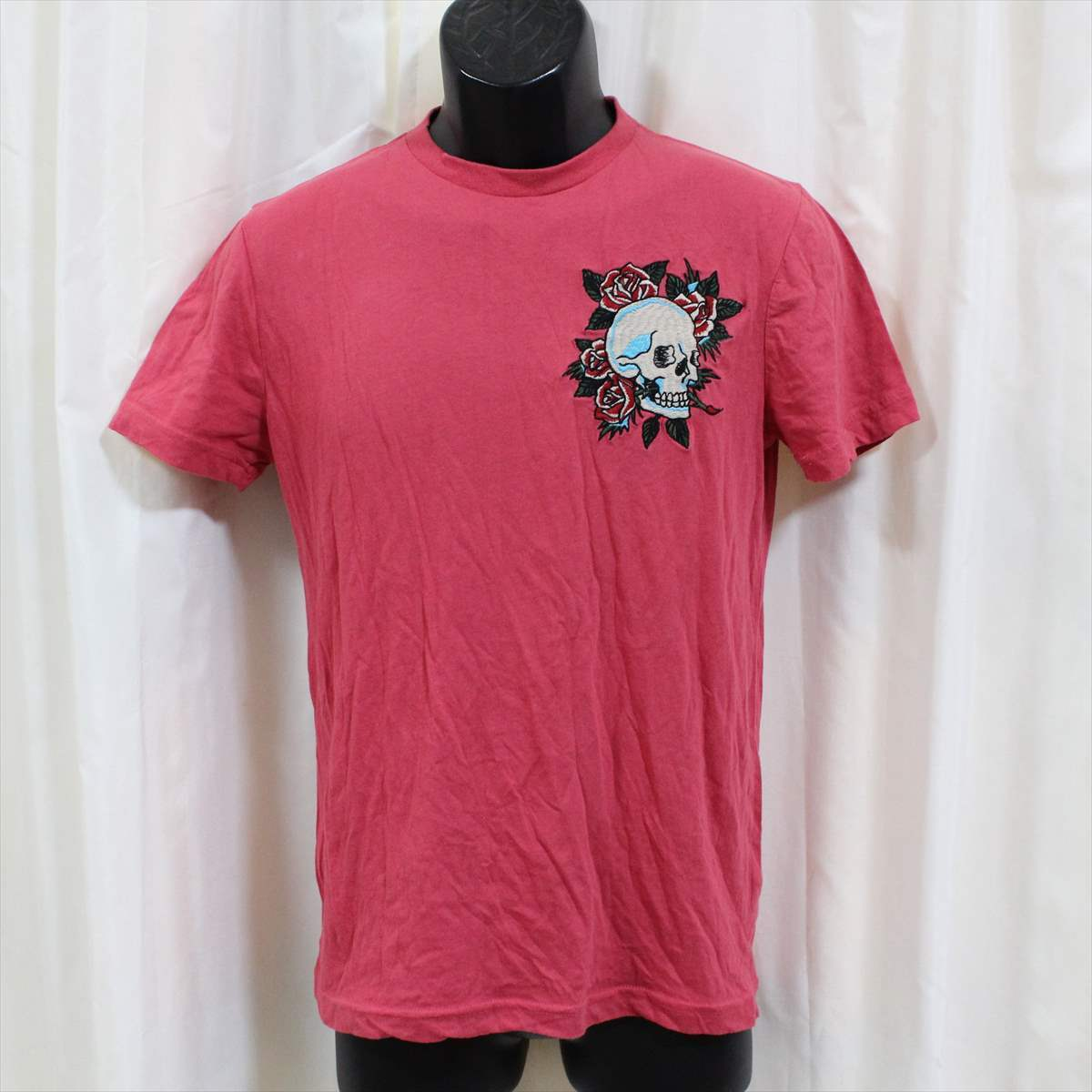 エドハーディー ED HARDY メンズ半袖Tシャツ ピンクレッド Sサイズ 新品 ロゴ刺繍_画像1