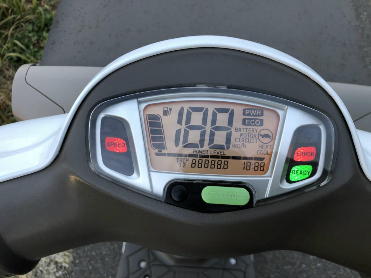「イーレッツ e-Let's 電動スクーター 充電器付き 福岡より」の画像3