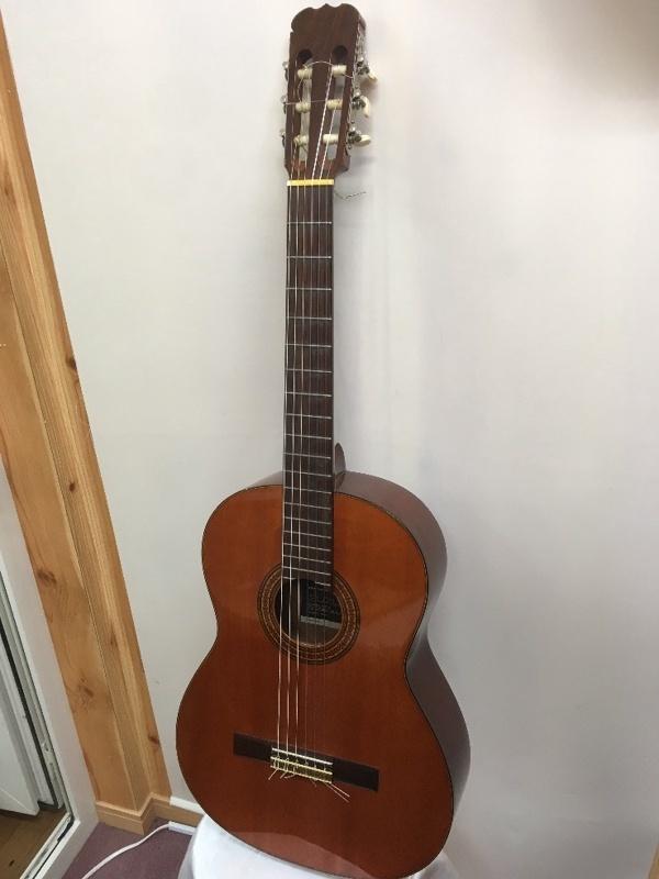 SUZUKI C-10 ネック反り クラシックギター ジャンク u41664_画像1