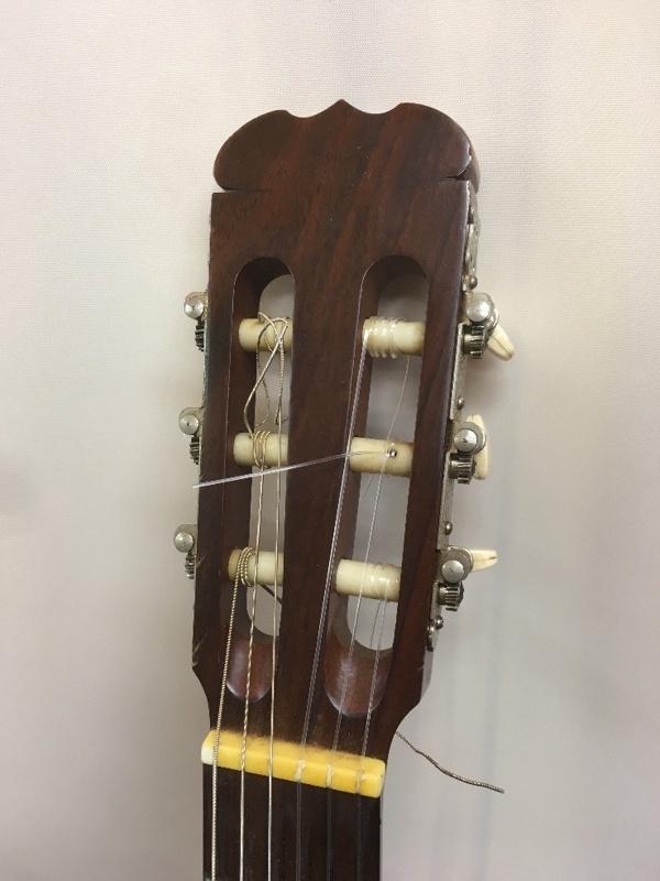 SUZUKI C-10 ネック反り クラシックギター ジャンク u41664_画像2