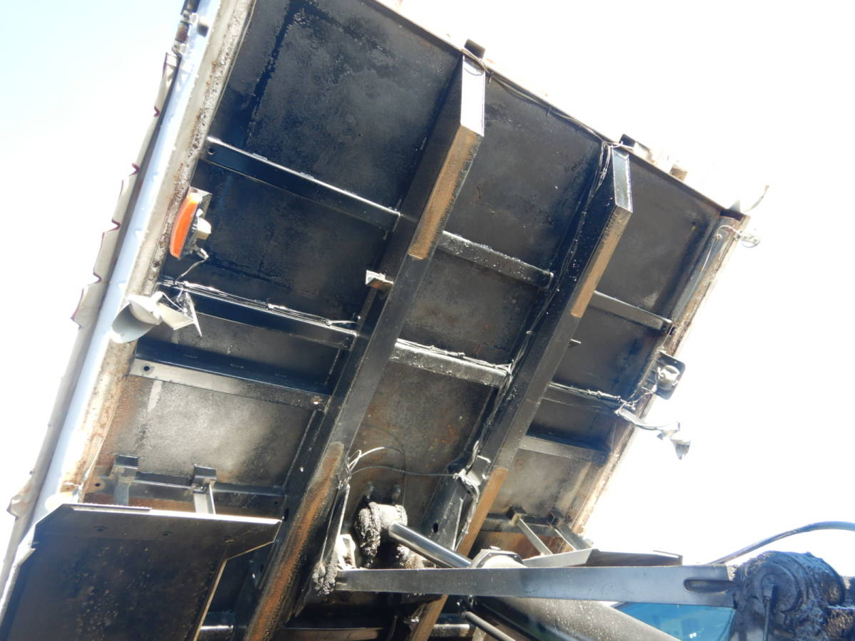【CH15852】H23年 いすゞ ギガ ダンプ Lゲートダンプ 土砂ダンプ 走行40万km 7速MT 最大積載量8700kg ナンバー付 税込み!_画像7