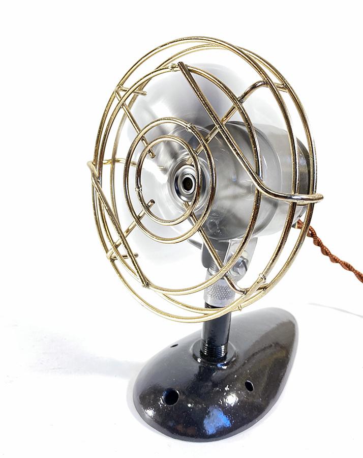 【実働】フルレストア 1940's アンティーク ミニ 扇風機/ビンテージ/デスク/家具/テーブル/モダン/バウハウス/照明/ランプ/gras/o.c.white_画像2