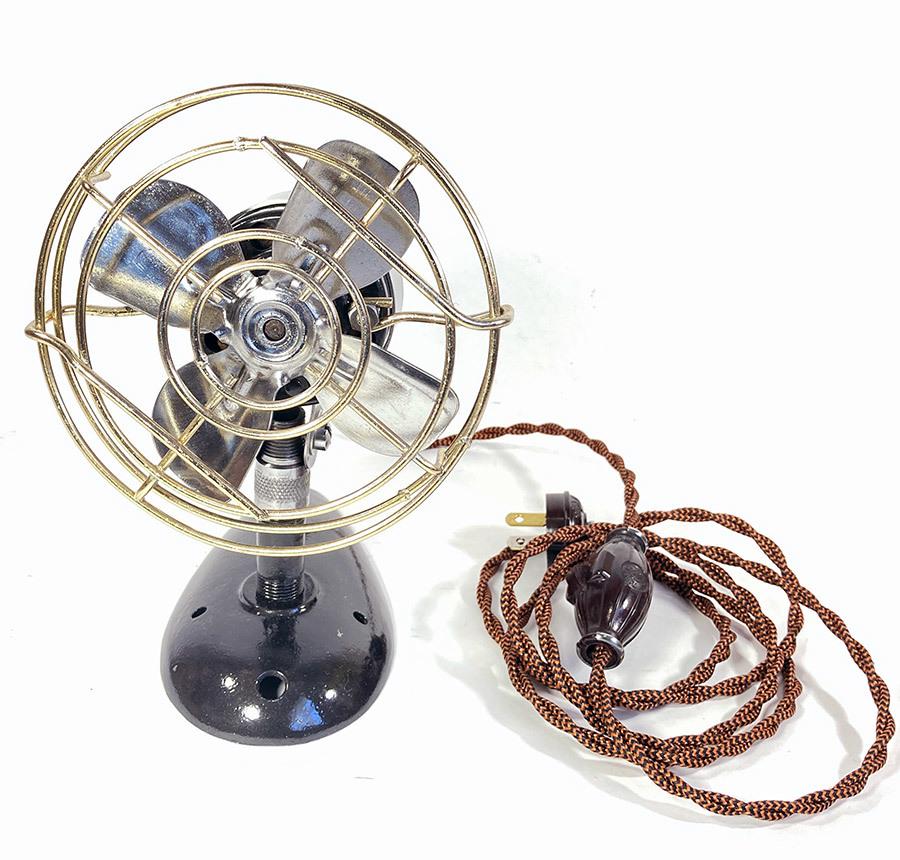 【実働】フルレストア 1940's アンティーク ミニ 扇風機/ビンテージ/デスク/家具/テーブル/モダン/バウハウス/照明/ランプ/gras/o.c.white_画像3