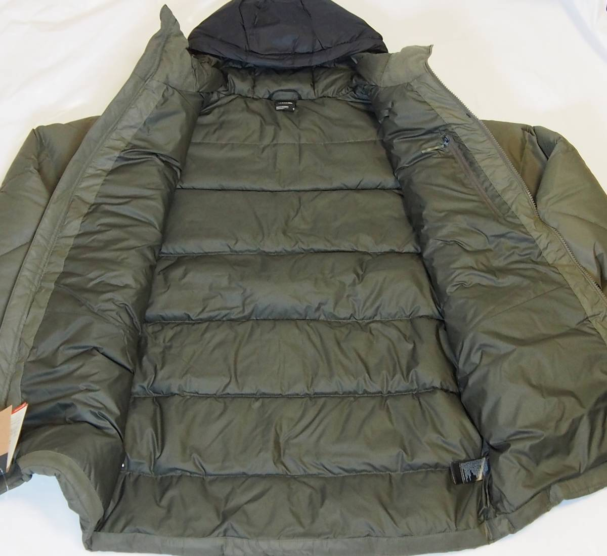 【USA購入、未使用タグ付】ノースフェイス UX ダウンジャケット M グリーン The North Face UX Down Parka TNF BLACK/NEW TAUPE GREEN_画像5