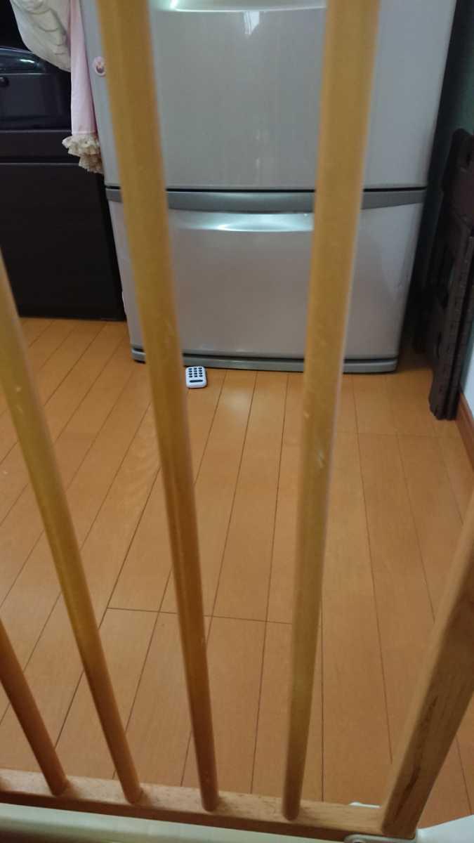 評価参照!中古!リッチェル木のオートロックゲート ベージュ 木製 ベビーゲート 69~86cm 匿名配送170cm_画像6
