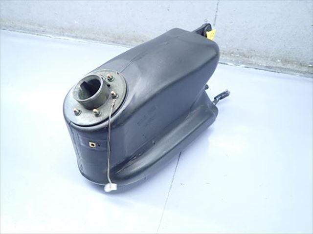 βBI11-2 スズキ ストリートマジック TR50S CA1LB (H12年式) 燃料 タンク フューエルタンク 漏れ無し!割れ無!_画像2