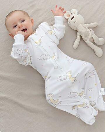 【新品 おまけ付き】Mサイズ 妊婦 赤ちゃん夜泣き対策に 奇跡のおくるみ キリン スワドルアップではありません ベビー 安眠 baby_画像4