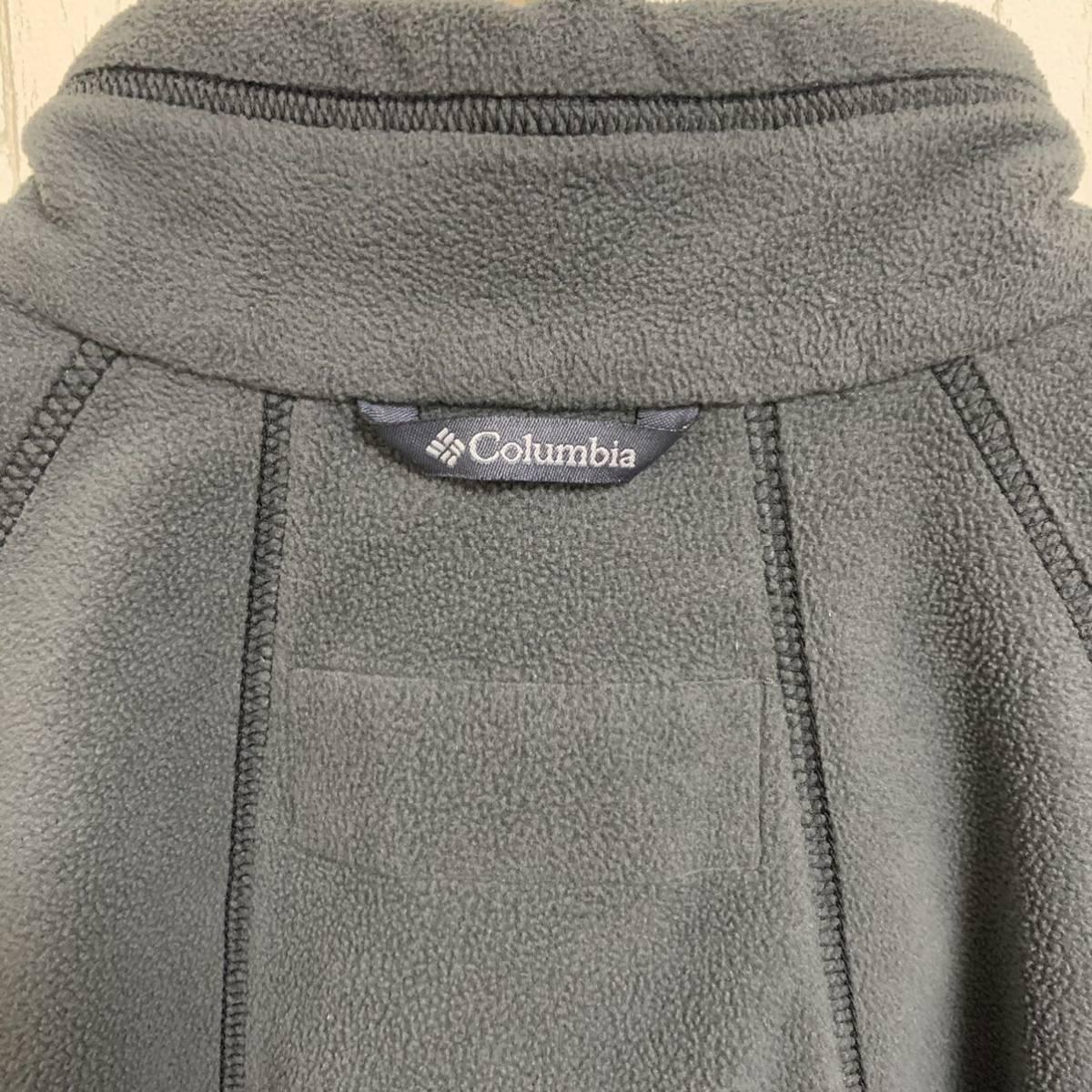 【Columbia】 フリース ブルゾン ハーフジップ ジップロゴ 刺繍ロゴ 迷彩ジップ グレーカラー XLサイズ