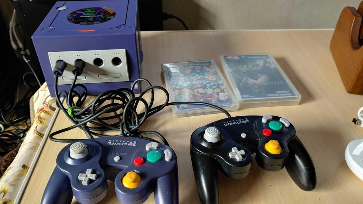 任天堂 nintendo ニンテンドー GAMECUBE ゲームキューブ 本体 ゲームソフト 2本付 ゲーム おもちゃ ホビー 趣味 動作確認済み 中古品_画像1