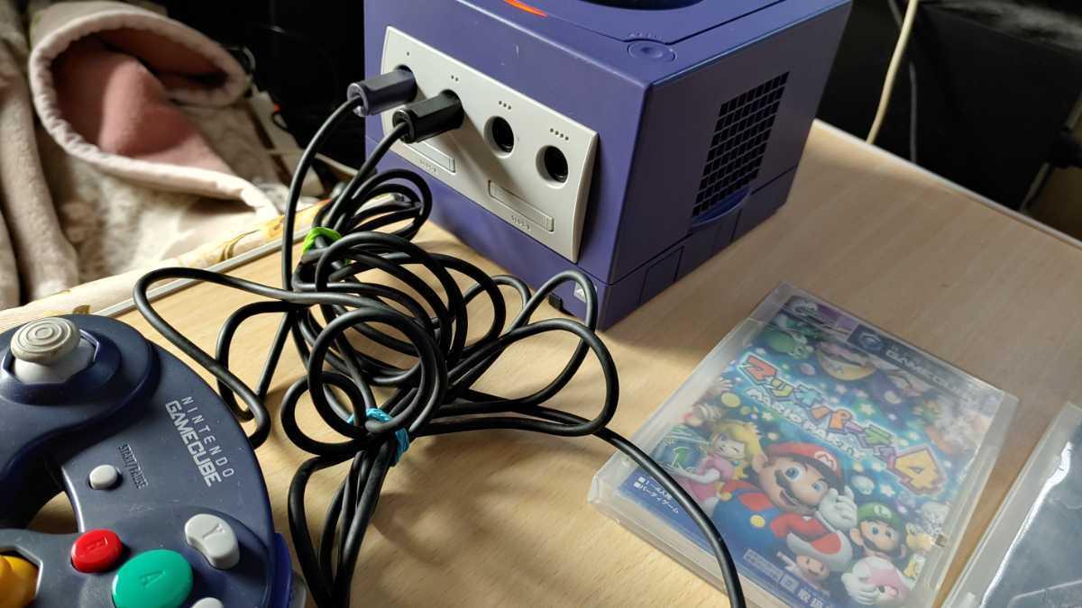 任天堂 nintendo ニンテンドー GAMECUBE ゲームキューブ 本体 ゲームソフト 2本付 ゲーム おもちゃ ホビー 趣味 動作確認済み 中古品_画像8
