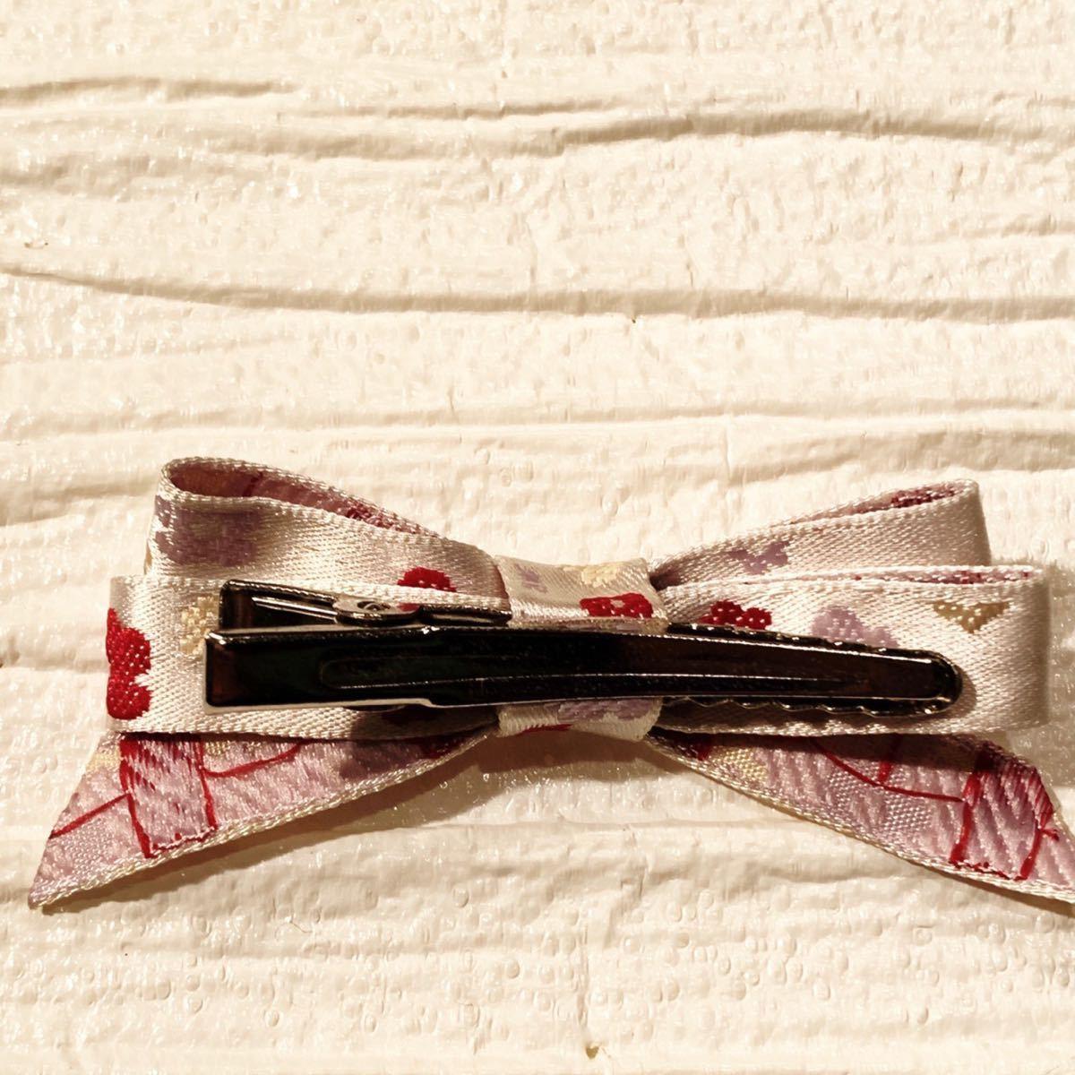 ハンドメイド 花の刺繍リボンクリップ ヘアピン ヘアアクセサリー〈新品未使用〉_画像2