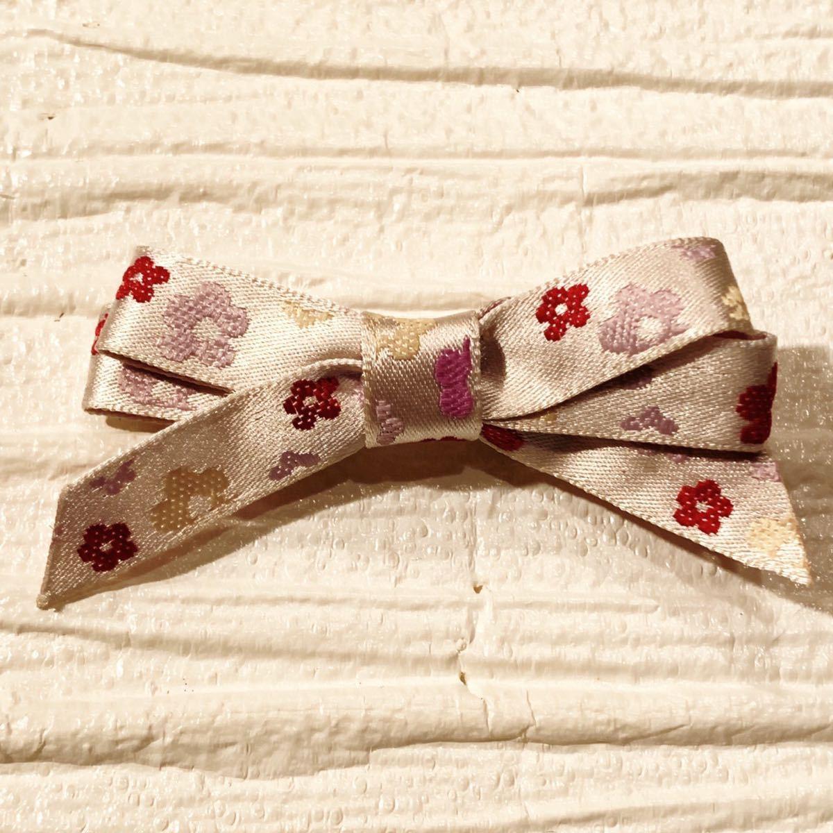 ハンドメイド 花の刺繍リボンクリップ ヘアピン ヘアアクセサリー〈新品未使用〉_画像1