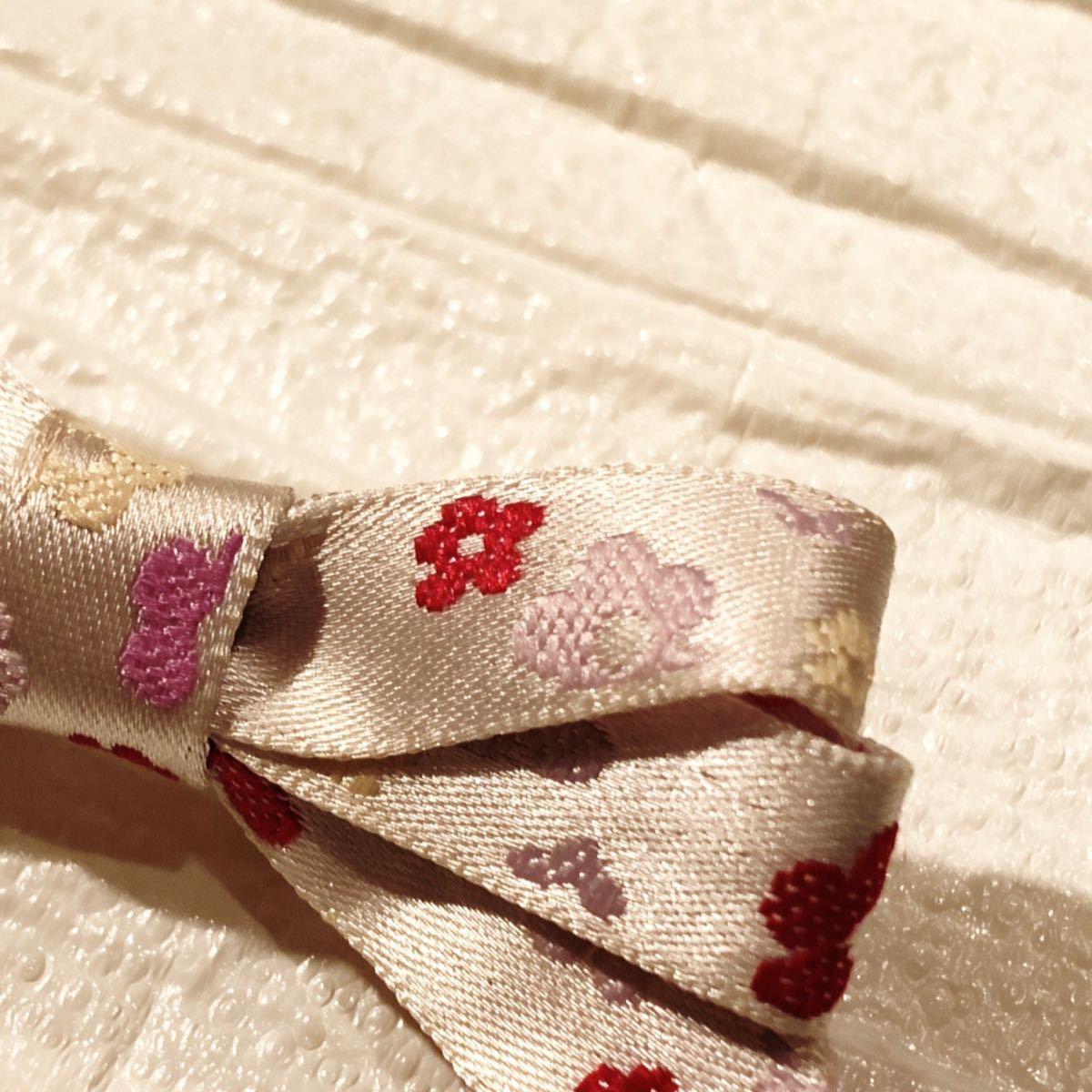 ハンドメイド 花の刺繍リボンクリップ ヘアピン ヘアアクセサリー〈新品未使用〉_画像4