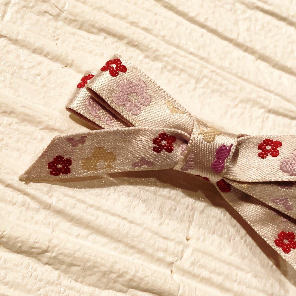 ハンドメイド 花の刺繍リボンクリップ ヘアピン ヘアアクセサリー〈新品未使用〉_画像3