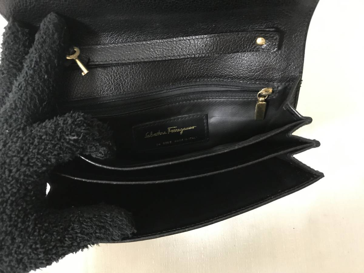 美品本物フェラガモFERRAGAMO本革レザーミニクラッチバッグセカンドビジネスバック旅行黒ブラックトラベルレディースメンズ