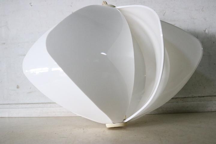 TB526レトロポップな吊り下げ照明 ホワイト 点灯確認済み◇ライト/スペースエイジ/ミッドセンチュリー/インテリア/古道具タグボート_画像10
