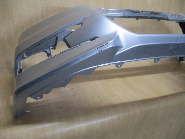 A6/ RK5/RK6ステップワゴン スパーダ純正フロントバンパー71101-SZW-J000 _画像6