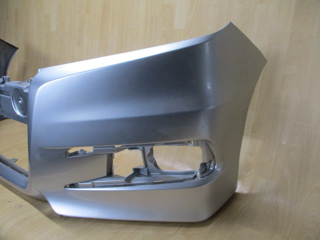A6/ RK5/RK6ステップワゴン スパーダ純正フロントバンパー71101-SZW-J000 _画像2
