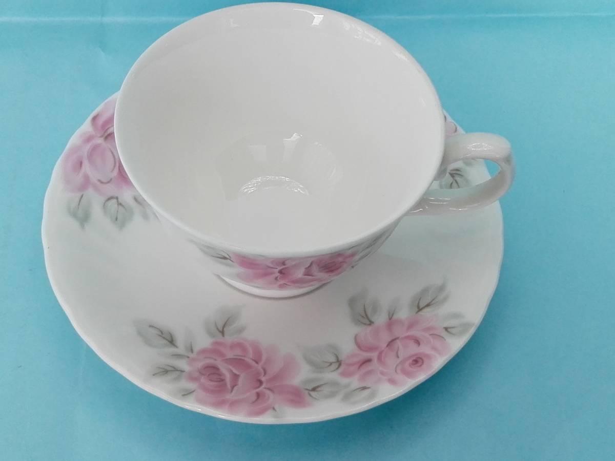 White Bome ホワイト ボーン【kcme】ピンク ローズ柄 カップ&ソーサ 5客セット 未使用 (おまけスプーン)_画像7