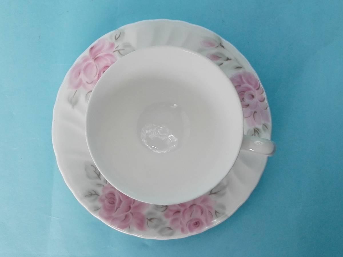 White Bome ホワイト ボーン【kcme】ピンク ローズ柄 カップ&ソーサ 4客セット 未使用 _画像9