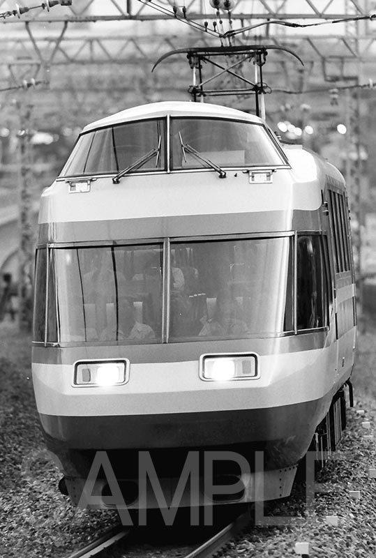 【鉄道写真】 小田急線 018 10000形 Hi-SE車_画像1