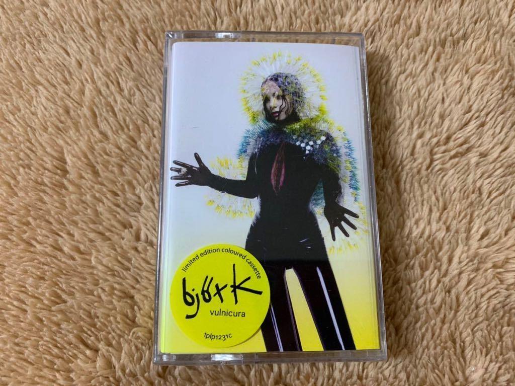 新品未開封 ビョーク BJORK Vulnicura ヴァルニキュラ 輸入盤 限定盤 カセットテープ 送料無料_画像1