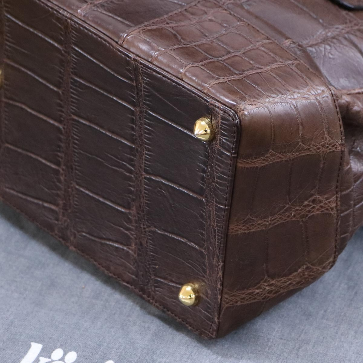 本物 極上品 クーニギン 最高級マットクロコダイルレザートートバッグ 総ワニ革 クロコレザーショルダーバッグ 袋 冊子付 KONIGIN_画像6