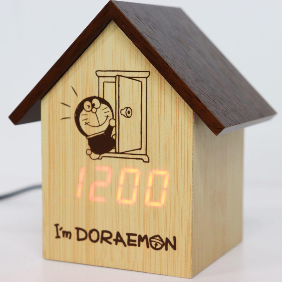 ★ドラえもん DORAEMON 2WAY電源 USB 電池 アラーム 温度表示 省エネ LED ハウス型 木目調 置時計 クロック [D2686-A]一 ACC★QWER★