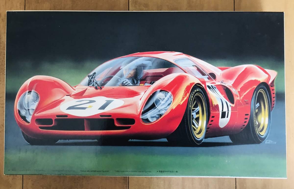Voiture 1//24 HACHETTE FERRARI GT F12 BERLINETTA-2012