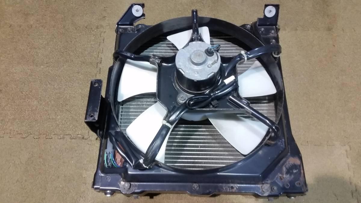 Nissan UDk on air conditioner condenser AC condenser R3-1/5