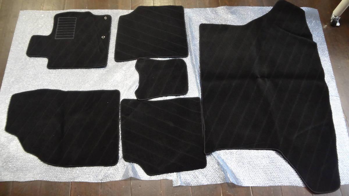 格安!即決!【お買い得】ZVW30 プリウス 前期 後期 フロアマット 織柄 ブラック 6点セット _画像1
