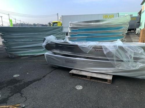 V型でもフラット床/ Karamas 330SVは免許不要/42kg/アルミカラー_出荷前のアルミボート等多数在庫あり。
