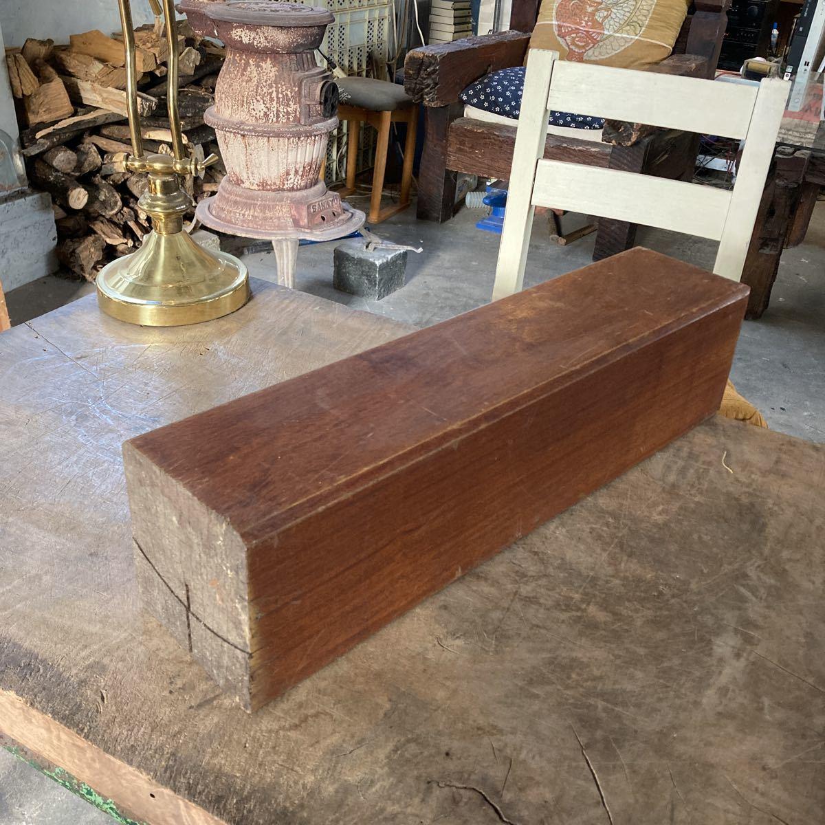 古い 重量木 素材 ナイフメイキング 木 堅い木 6.46kg 長さ50cm _画像1