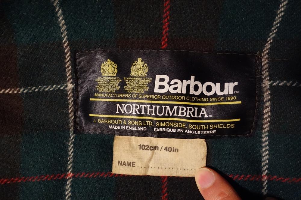 Burbour ノーザンブリア 2ワラント 1980年代英国製 ビンテージ C40 美品 バブアー NORTHUMBRIA オイルドジャケット 2クラウン_画像3