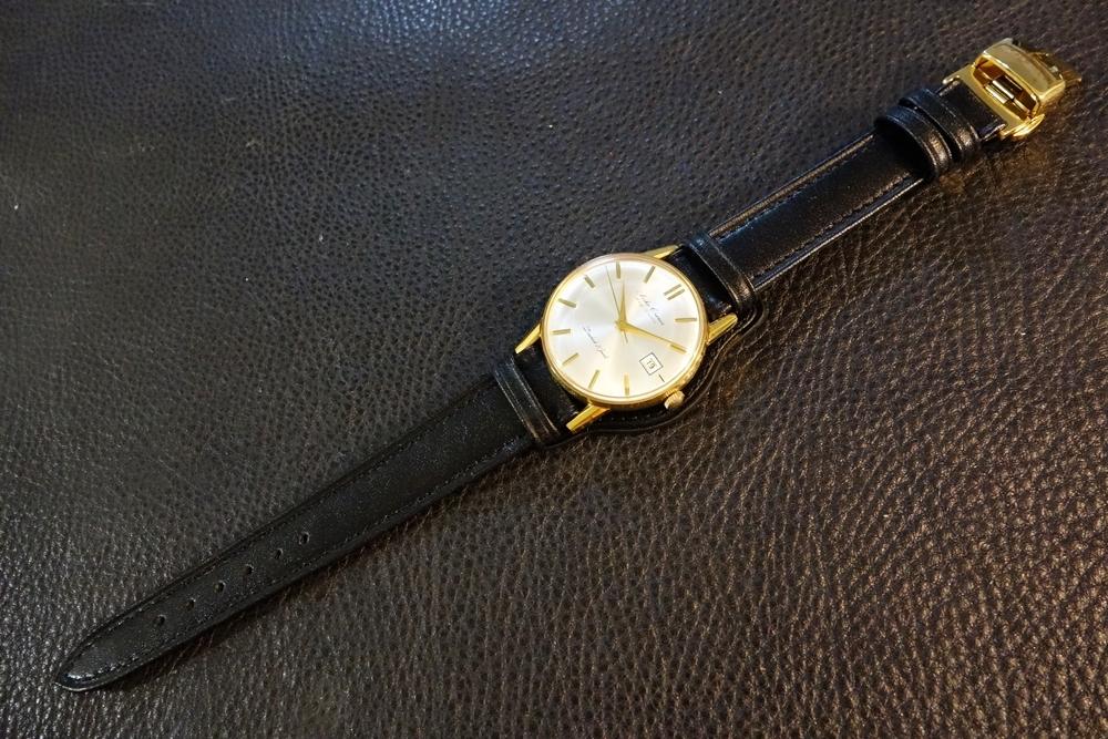 ◆台座付Dバックルビンテージベルト◆日本製 カーフ 台座尾錠選択可 20mm 強力撥水 ブラック 黒 腕時計ベルト Vintage Deadstock SEIKO等に_使用例。時計は商品には含まれません