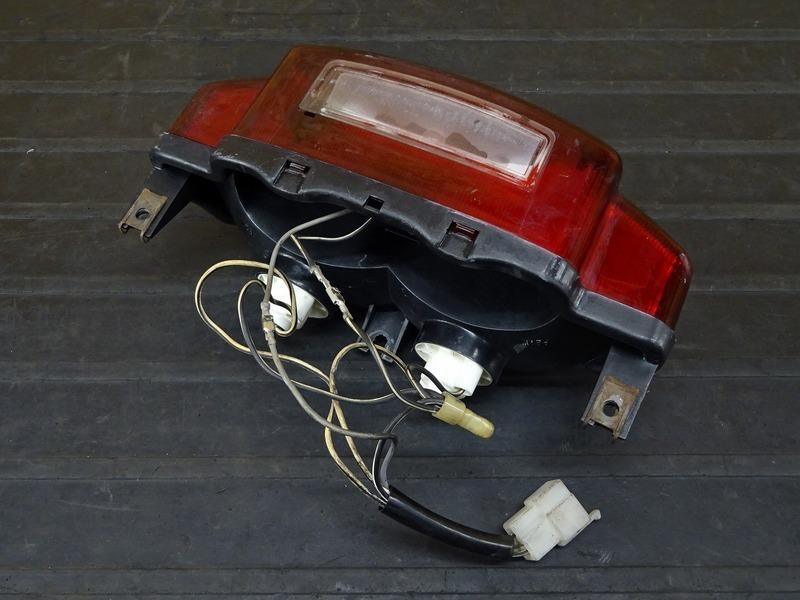 【000A】バンディット250V(GJ77A-104)■ テールランプ ブレーキランプ 【バンディッド BANDIT_画像10