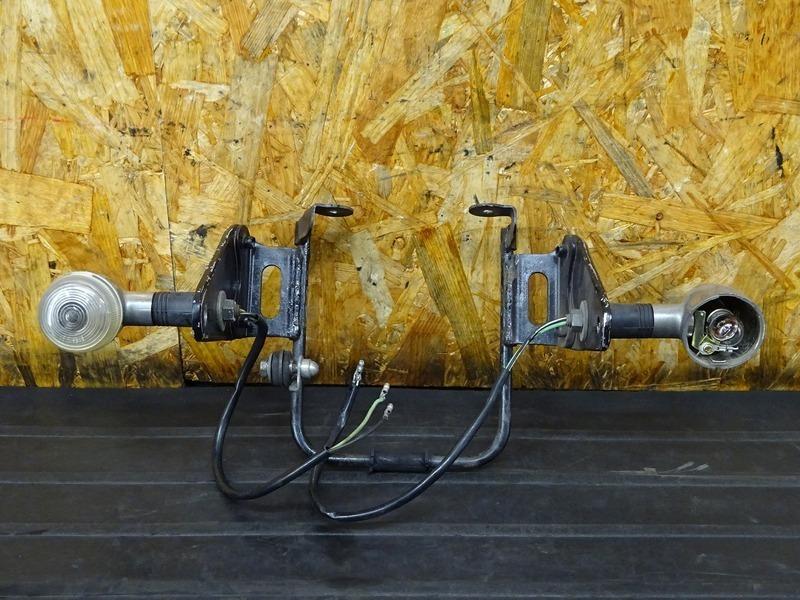 【000A】バンディット250V(GJ77A-104)■ ヘッドライトステー ウインカーステー フロントウインカー ウィンカー 【バンディッド BANDIT_画像2