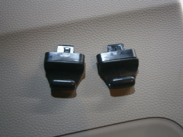 N・BOX JF3 左スライドドア 内張り_画像8