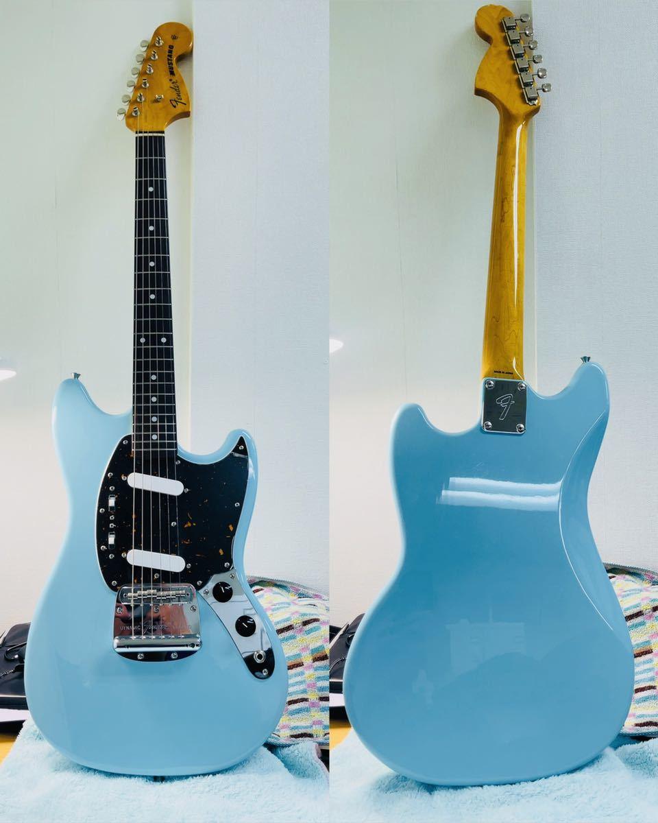 美品 Fender フェンダー MUSTANG エレキギター ムスタング U002928 肩掛けベルト ソフトケース付き_画像1