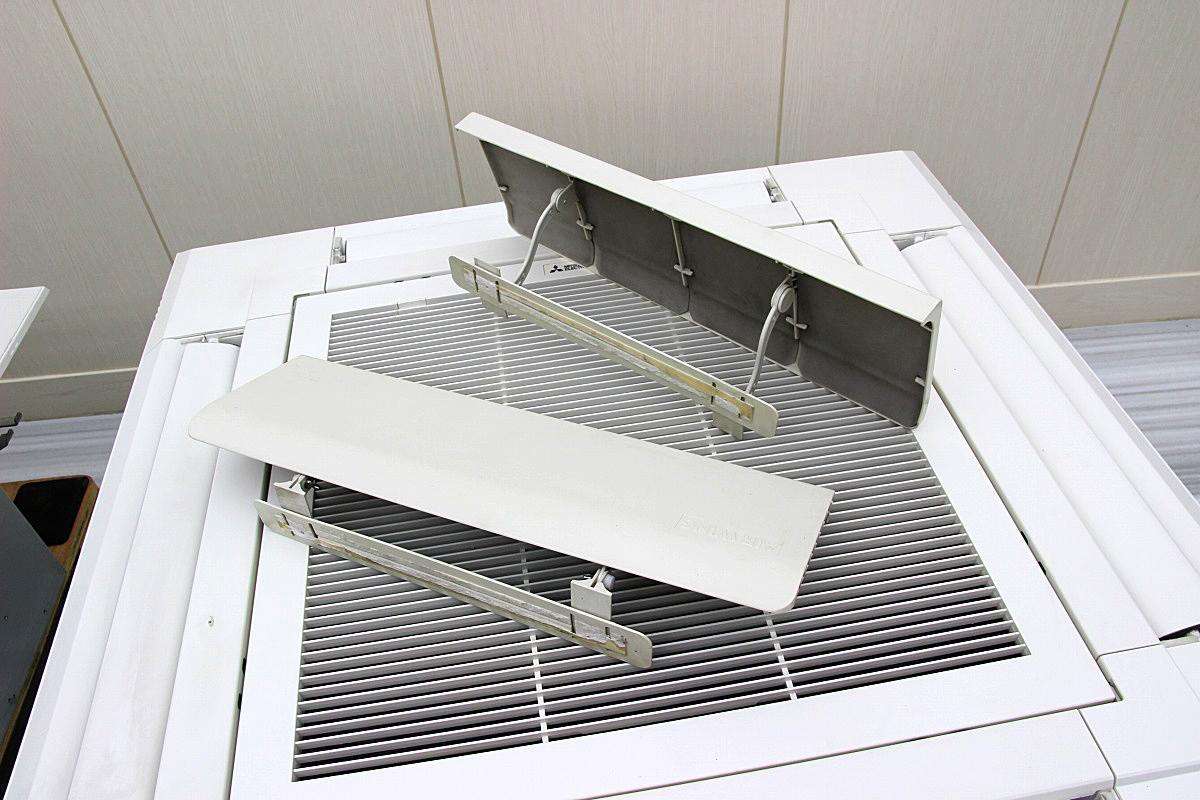19年製 超美品!三菱電気 業務用 エアコン 天カセ ツイン 内機×2 パッケージエアコン 4方向 天井埋め込み 10馬力 三相200V 28.0k 47~70坪_画像2